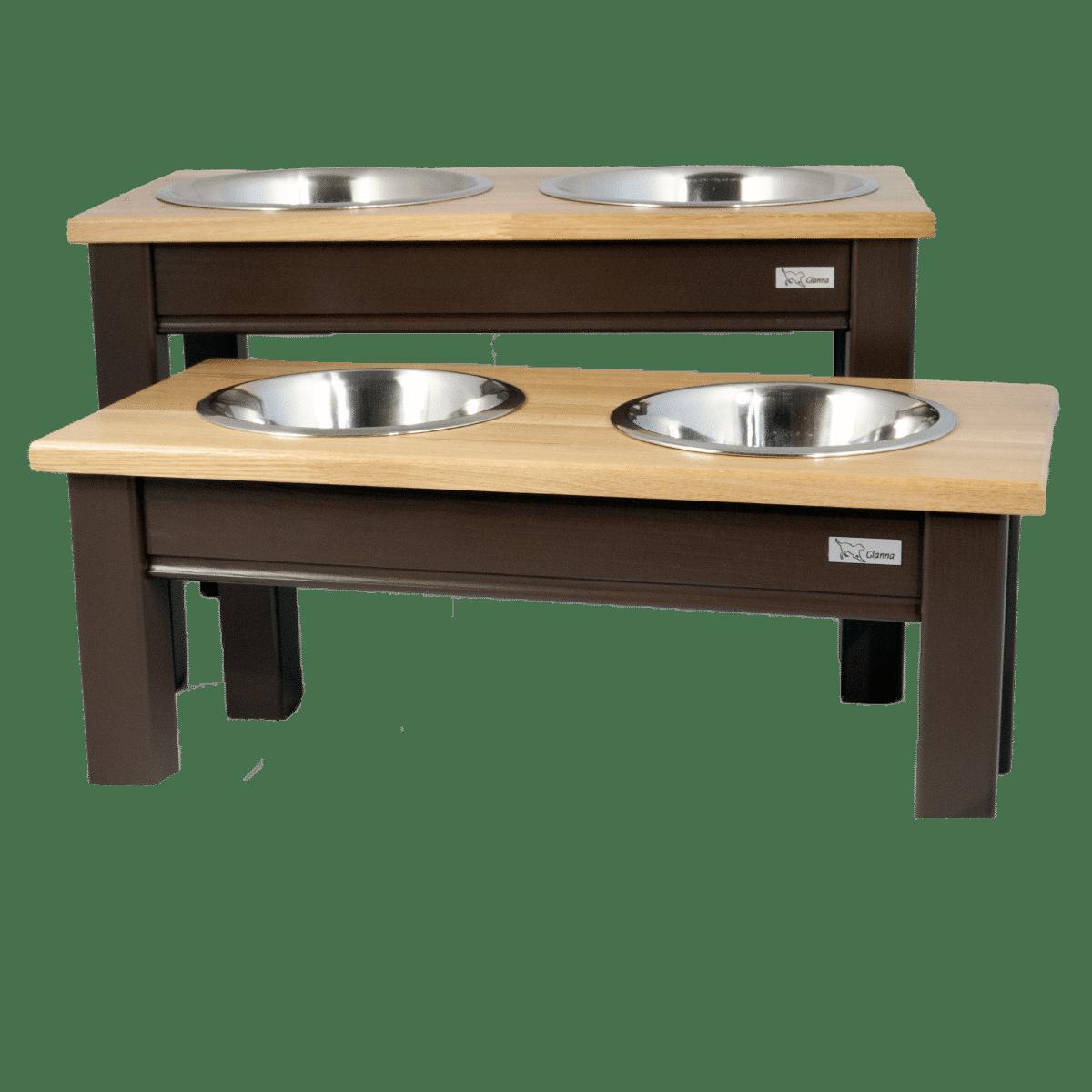 Snygg matbar i trä till hunden