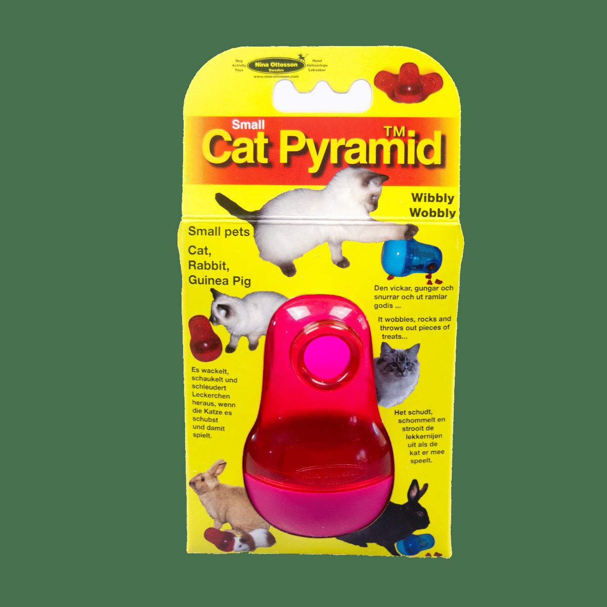 Cat pyramid- rolig aktivering för katten