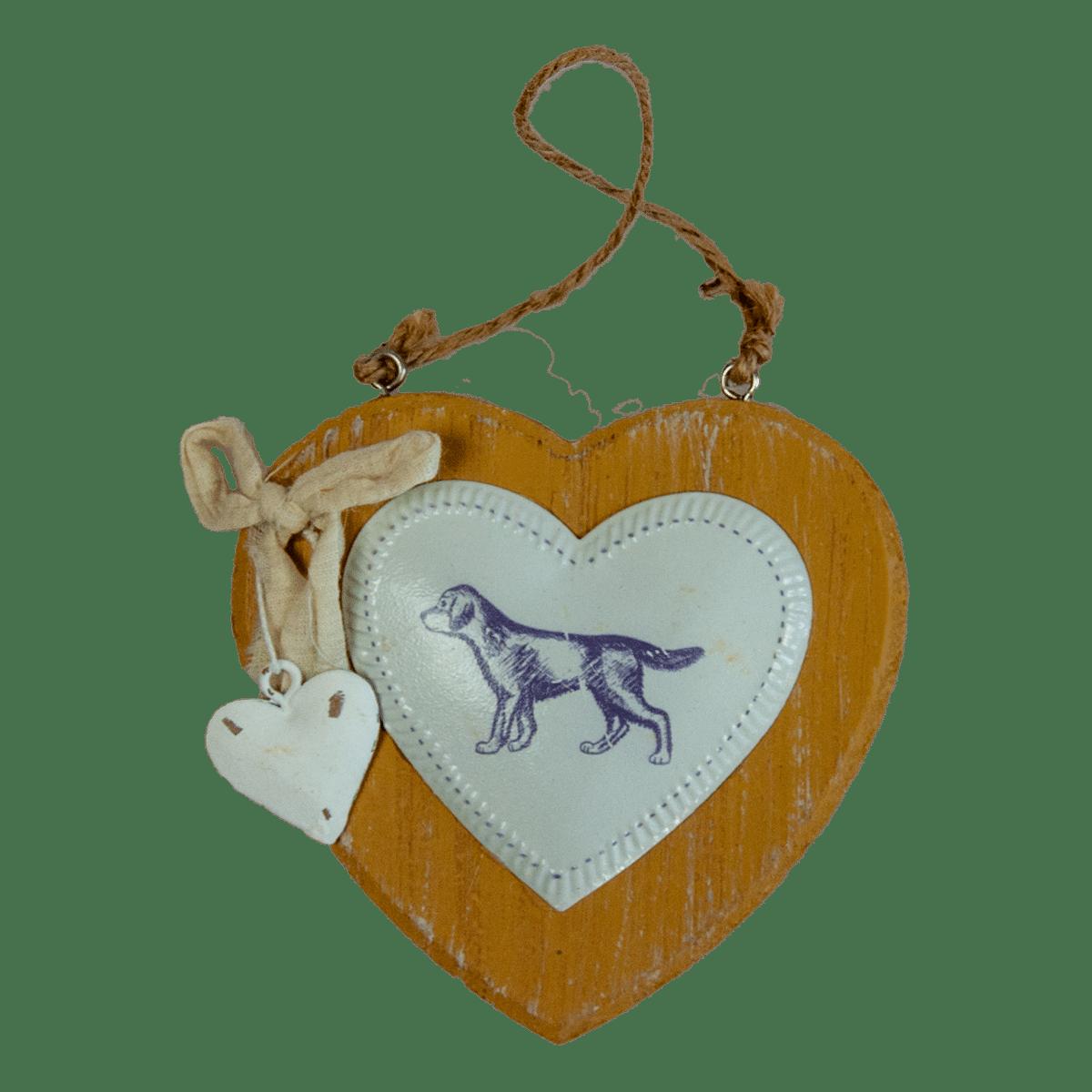 Dekorationshjärta i trä med motiv av en hund