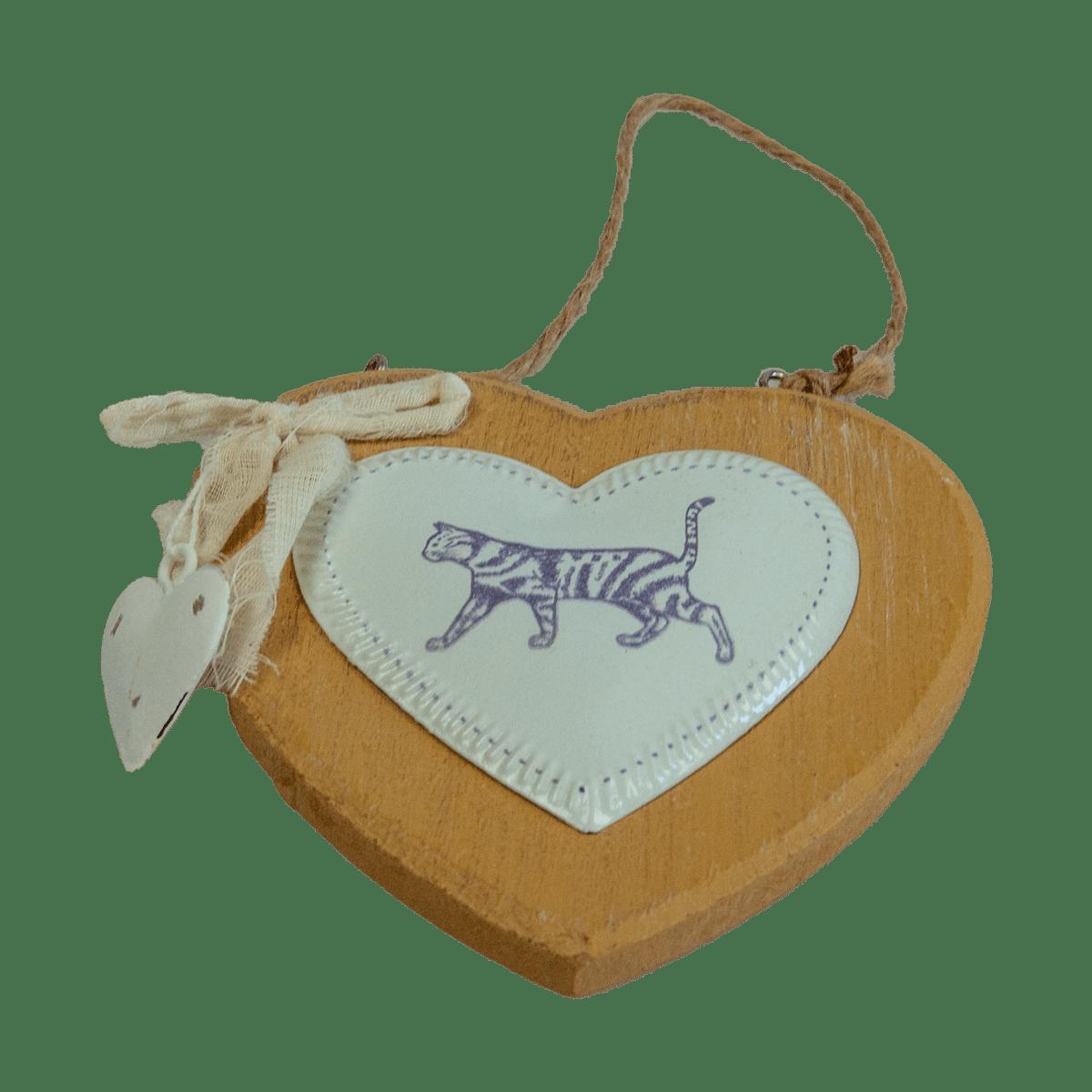 Fint trähjärta med en katt- dekoration till hemmet